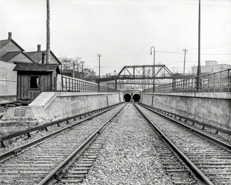Live Third Rail: 1910