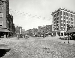 Commercial Place: 1910