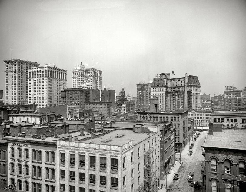 Cityscape: 1917