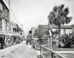 Cozy Inn: 1908