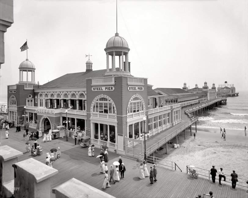 Pleasure Pavilion: 1910