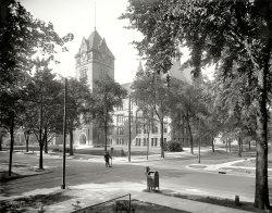 School Zone: 1915