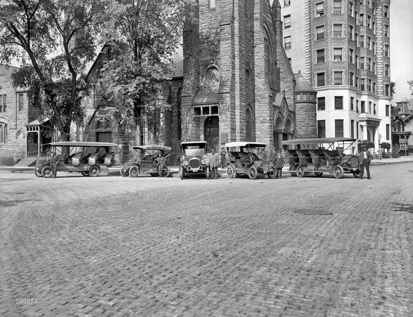Tourist Auto Co.: 1910