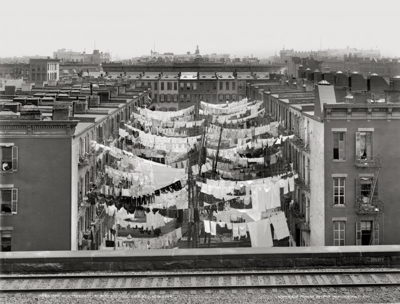 Washday: 1900