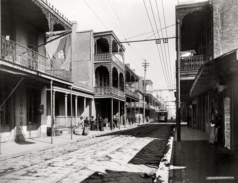 A Streetcar Named Clio: 1900