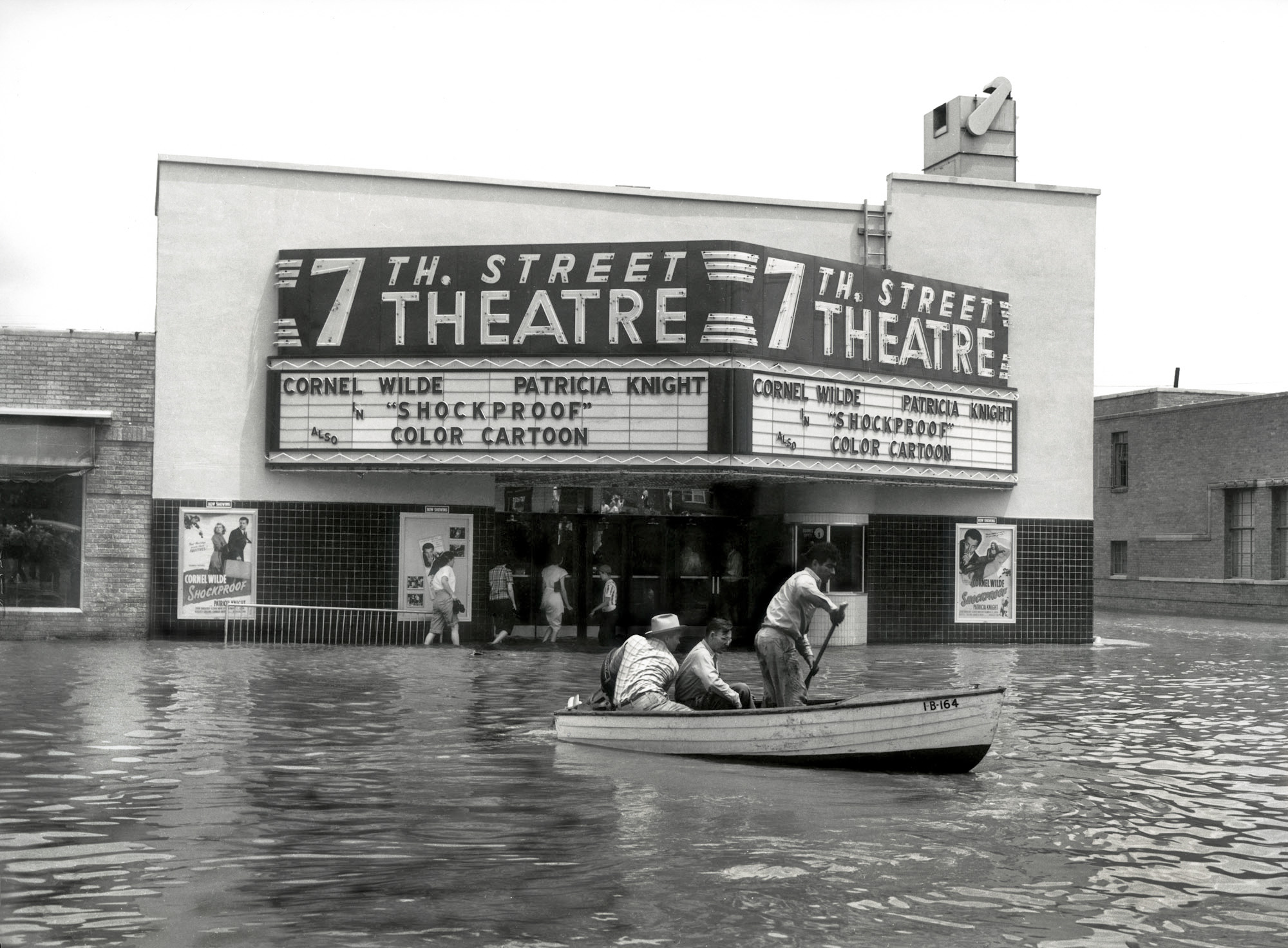 Shorpy Historic Picture Archive Fort Worth Flood 1949
