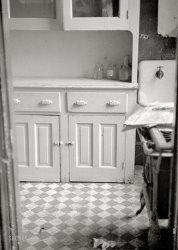 The Apartment: 1935