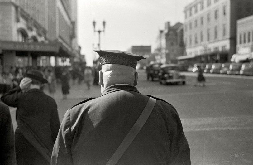 Big Cop: 1938