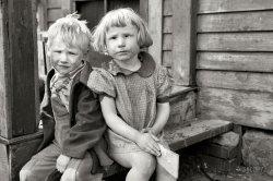 Slum Kids: 1940