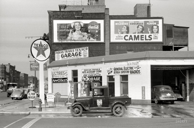 Indian Trails Texaco: 1940