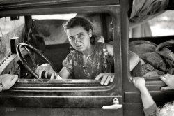 Migrant Mother: 1940