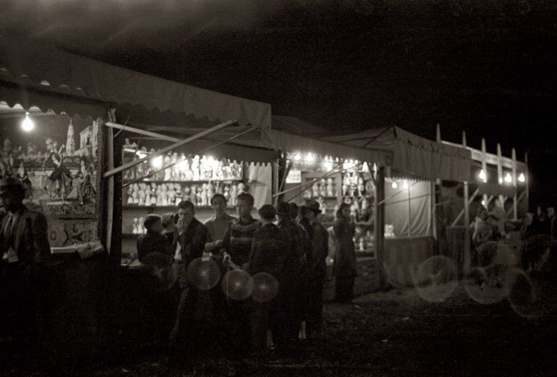 Carnival Atmosphere: 1939