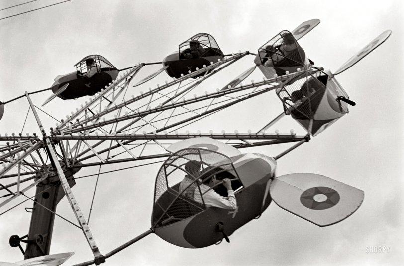Round Trip: 1942