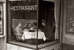 The Edward Hopper Cafe: 1936