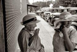 Entre Nous: 1937