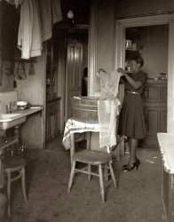 Washday Blues: 1941