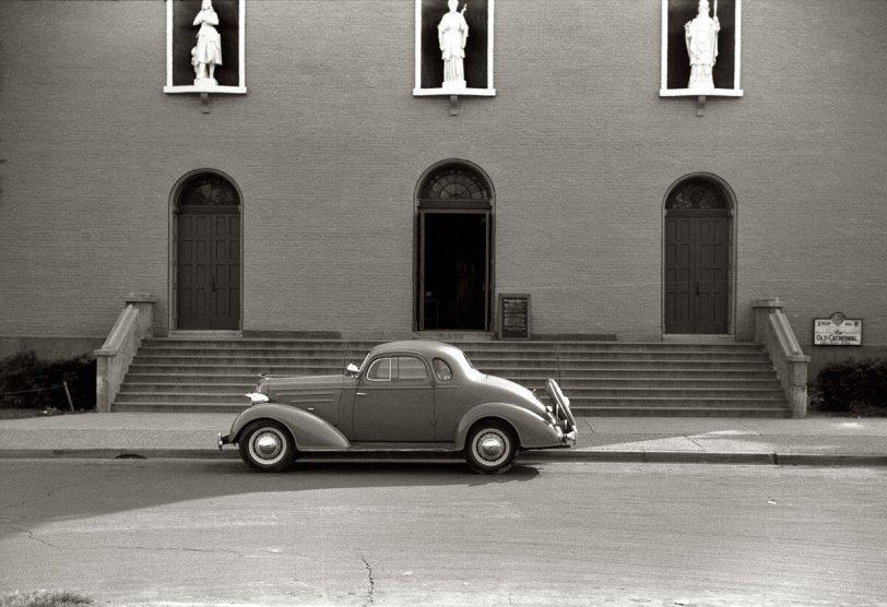 Vincennes: 1941