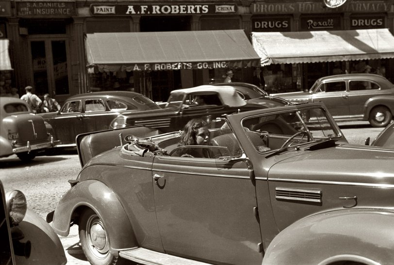Parked Girl: 1941