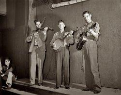 Nathan, Sleepy and Weldon: 1942