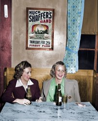Cheers (Colorized): 1940