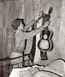Guitar Hero: 1939