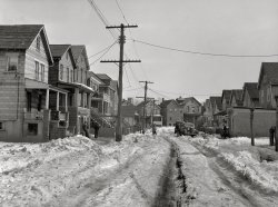 Bound Brook: 1936