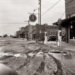 Mud Bowl: 1938