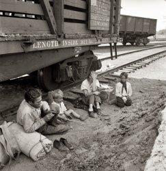 Family Trip: 1939