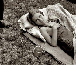 Feeling Low in Toppenish: 1939