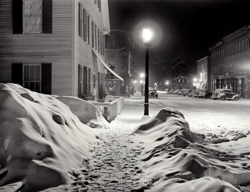 Silent Night: 1940