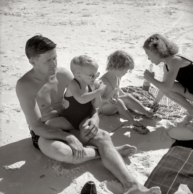 Beach Picnic: 1941