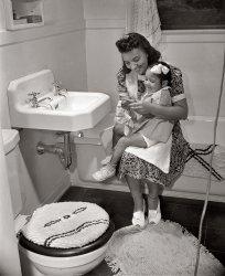 La Toilette: 1942