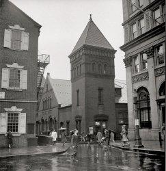 Central Market: 1942