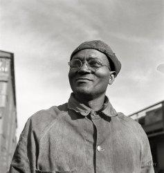 Robert Hill: 1943