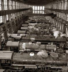 American Garage: 1943