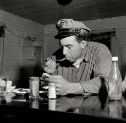 Fast Food: 1943