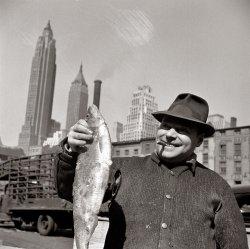 Fulton Street: 1943