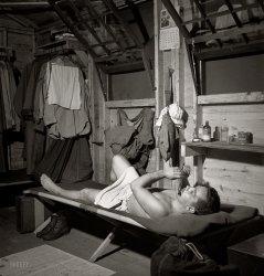 Squeaky Clean: 1943