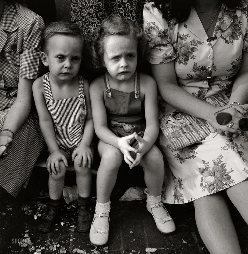 Li'l Skeptics: 1943