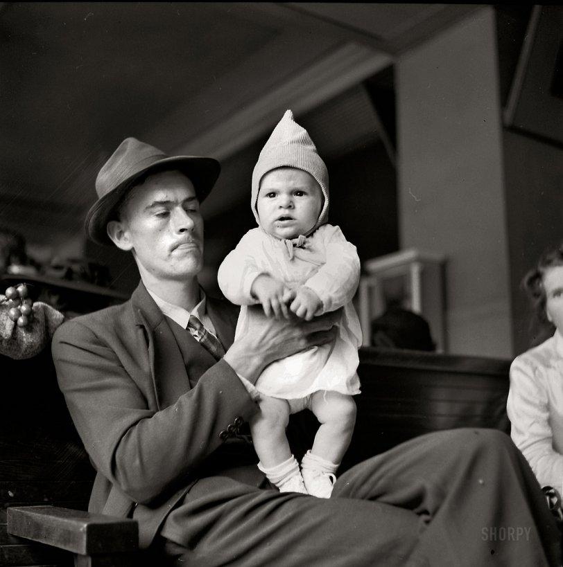Bus Baby: 1943