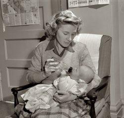 Mama and Joey: 1943