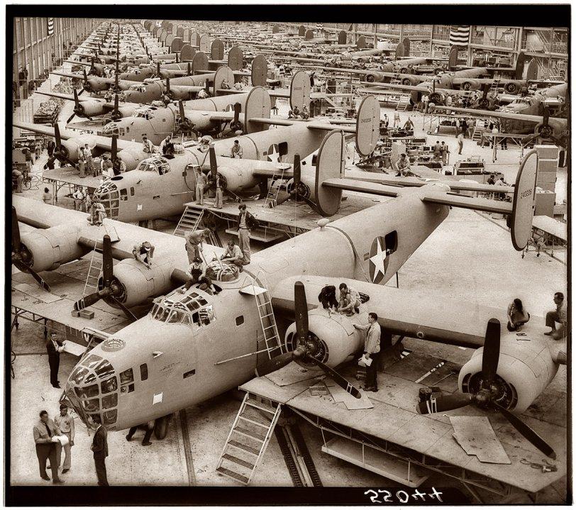 Angel of History: 1943