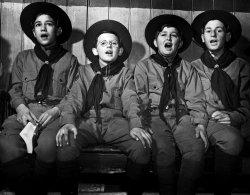 Boys' Choir: 1942