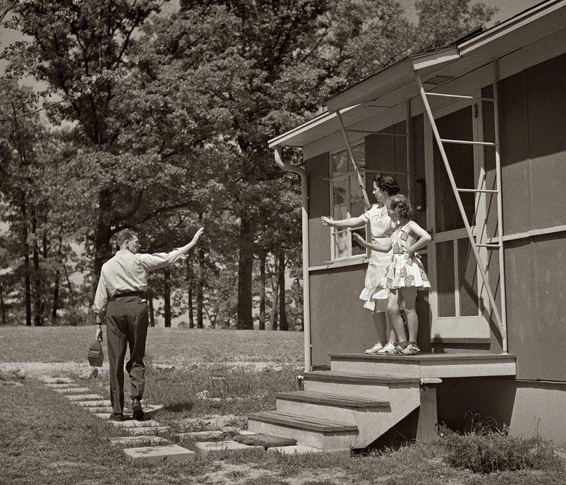Bye, Daddy: 1942