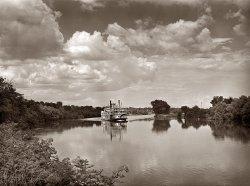 Wilson Dam: 1942