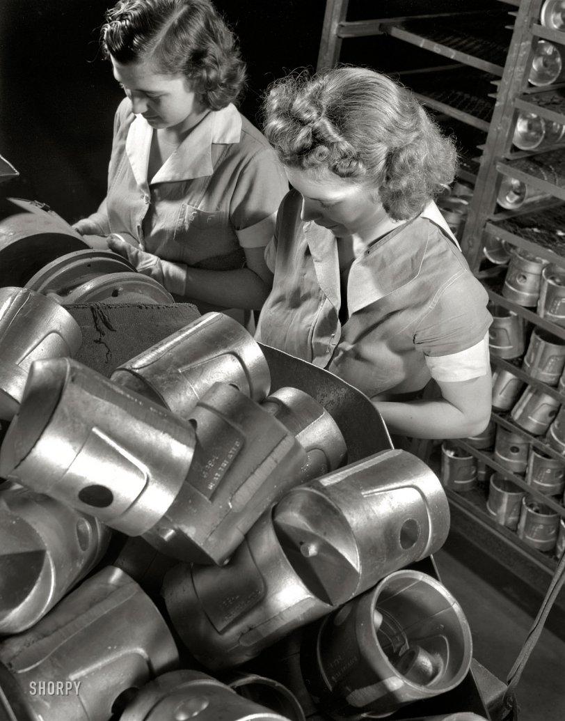 Head Spotters: 1942