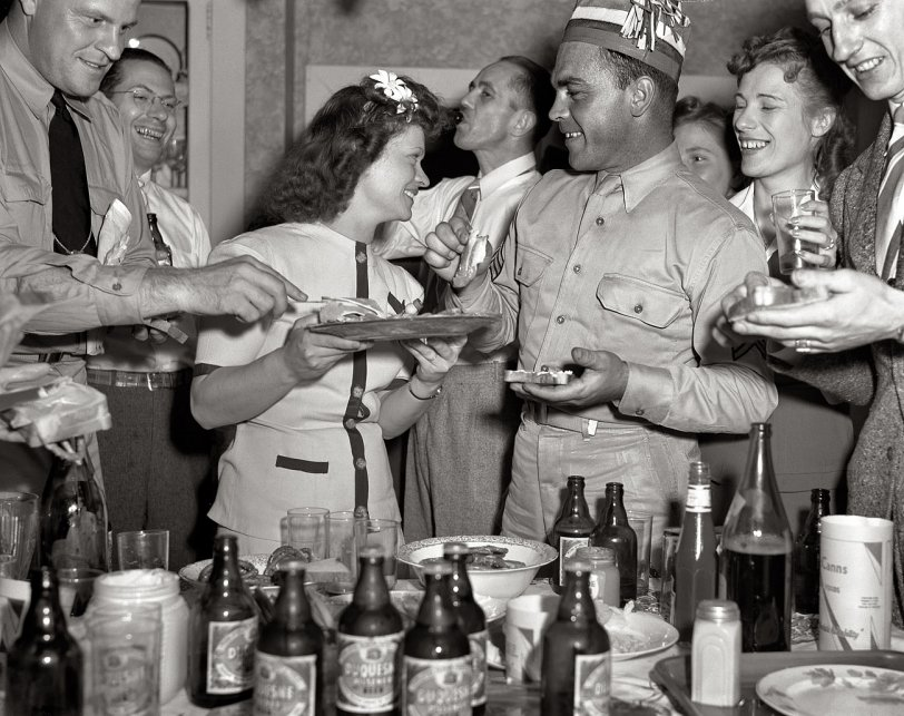 A Swell Soiree: 1942