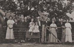 Alsobrook Family: 1915