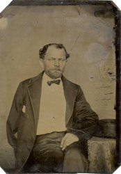 Tintype of gentleman with missing arm