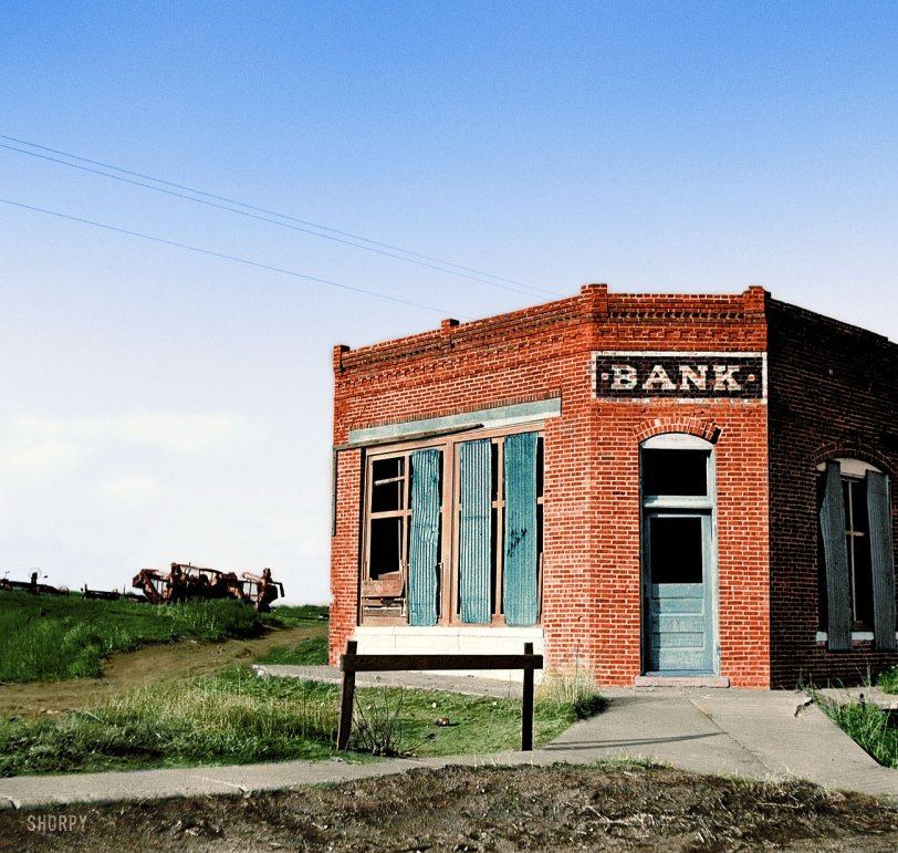 Failed Bank (Colorized): 1936